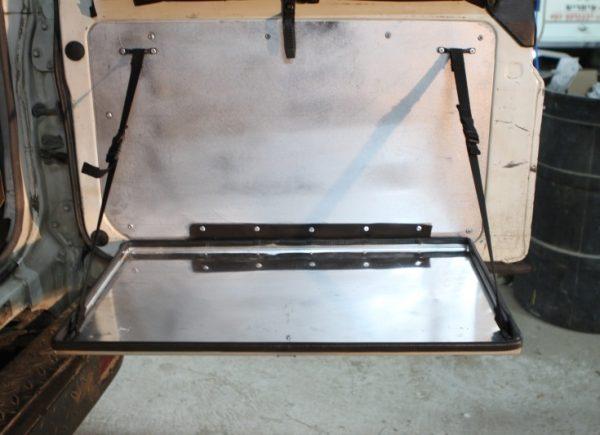 שולחן לאיסוזו טרופר 11